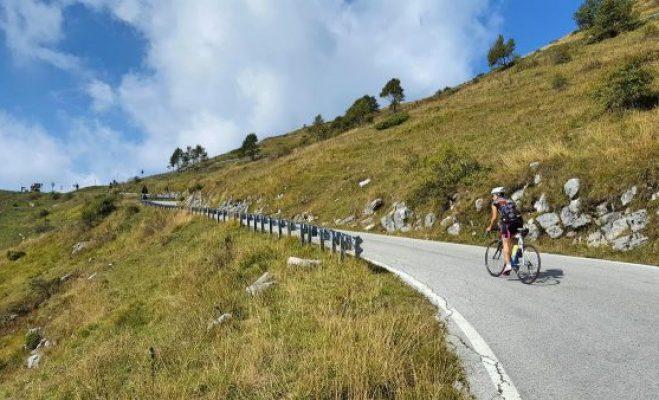 Allenamento per prepararsi a un viaggio in bicicletta.