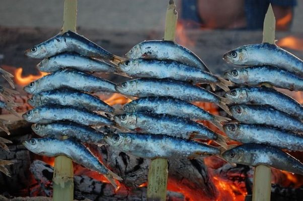 Tour in Andalusia, sardine arrosto