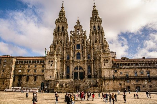 Le guide per il Cammino di Santiago - cattedrale in galizia