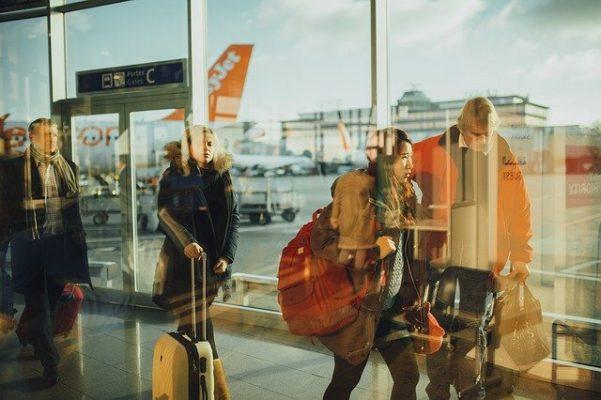 Vincere la paura di volare con un libro - Slow Moove Blog di Viaggi