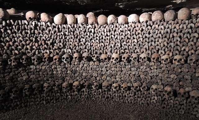 visitare le catacombe di parigi