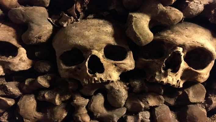 come visitare le catacombe di parigi