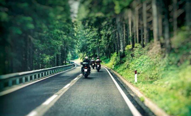 Gli Itinerari per viaggi in moto più belli in Italia
